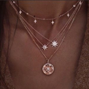 Jewelry - 🆕 Starburst + Pearl Layered Necklace